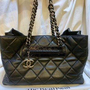 💯Authentic Chanel Coco Casual Tote XXL Travel
